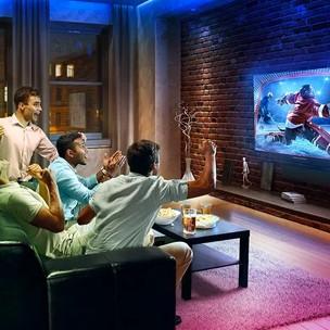 Sport kijken met vrienden.