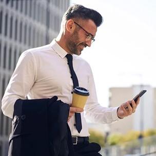 Even checken of het thuis in orde is op je smartphone.